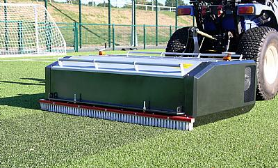 Syn Pro SVR 1500 deep turf cleaner